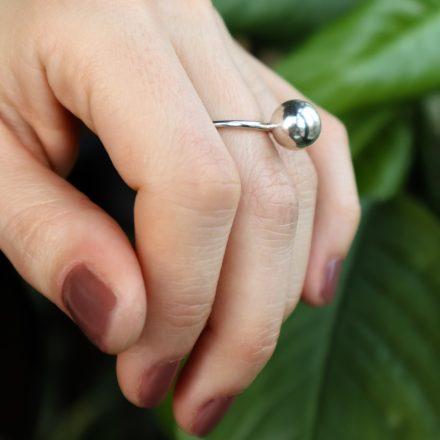 globe gyűrű