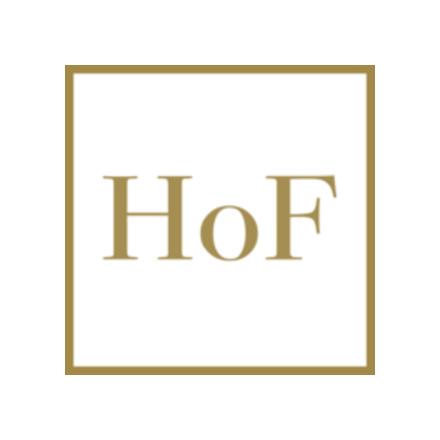 fehér selyemkendő (caré) kék kalocsai mintával, drapp szegéllyel