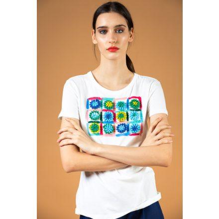 fehér-kék pomponos festett póló